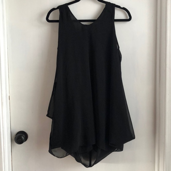 Ya Los Angeles Tops - Black Ya Los Angeles long tank top— flowy